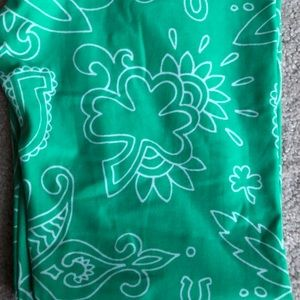 LuLaRoe St Patty's Day OS Leggings